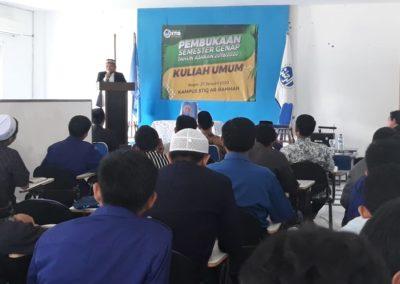 Pembukaan Semester Genap dan Kuliah Umum STIQ Ar-Rahman oleh Ustadz Yeri Qusyeri